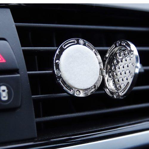 Clip-in essential oil diffuser for car